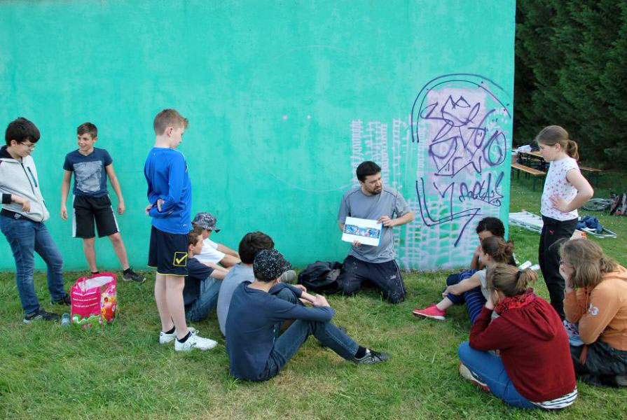 Corpeau-tennis-atelier-graffiti