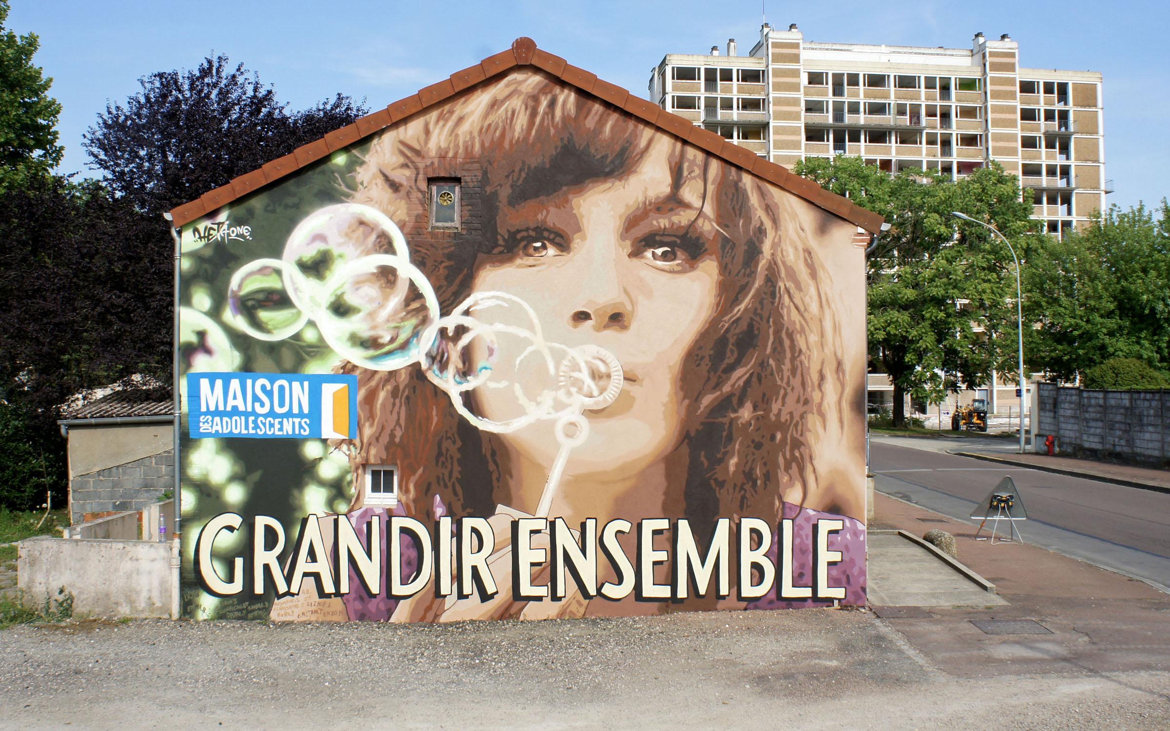 Heta-One-Grandir-ensemble-fresque